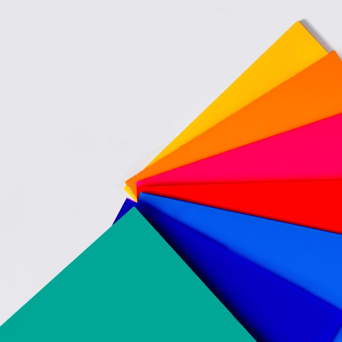 metacrilato-colores-vivos
